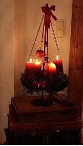 adventskranz 1 170x300 Schöne Adventszeit und Weihnachten