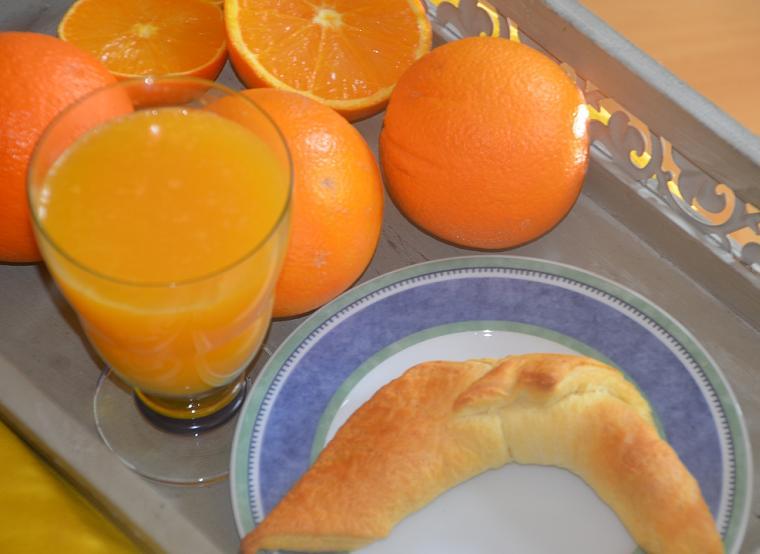frischgepresster Orangensaft Samstagskaffee#39 und Friday Flowerday