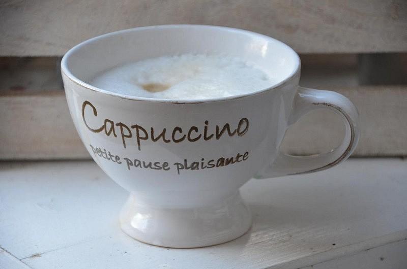 cappuccino 5 800x530 zeig her Eure Tassen #26 Link Party