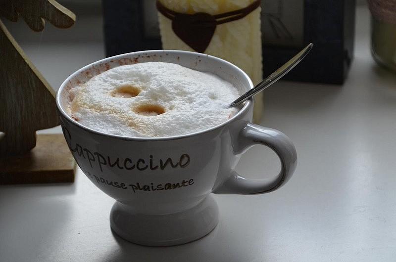 cappuccino bitte 800x530 zeig her Eure Tassen #32 Link Party