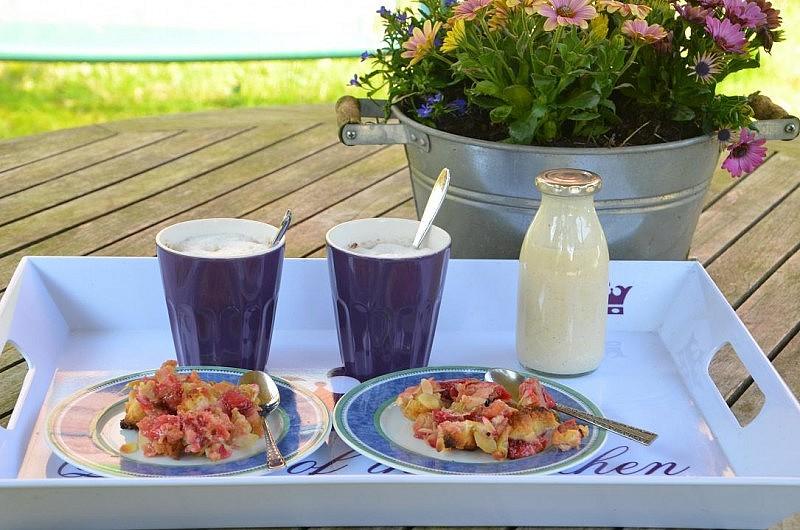rhabarber kuchen mit vanillesauce 800x530 Toller Sonntag – ein echter Sonntag # 50